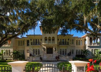 Thumbnail Property for sale in 415 S Royal Palm Way, Key Biscayne, Florida, United States Of America