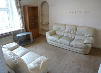Thumbnail 2 bed flat to rent in 31 Provost Road, Dundee