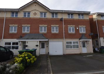 3 bed town house for sale in Macdonald Close, Tividale, Oldbury B69