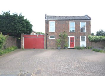 Thumbnail 4 bedroom detached house for sale in Auckland Close, Maidenhead, Berkshire