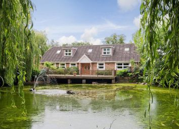 Thumbnail 6 bed property to rent in Home Farm Road, Rickmansworth
