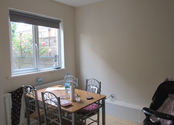 Thumbnail Studio to rent in Clyde Road, London