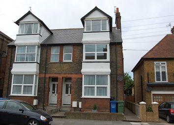 Thumbnail 1 bed flat to rent in Park Road, Sittingbourne, Kent