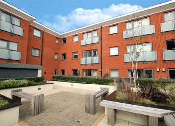 Heron House, Rushley Way, Reading, Berkshire RG2. 2 bed flat for sale