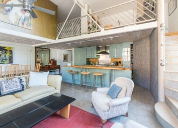 Thumbnail Serviced flat to rent in Stannary Street, London