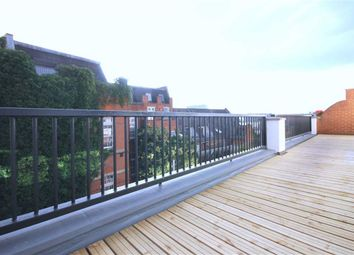 Thumbnail 3 bed flat to rent in Johnson Street, London