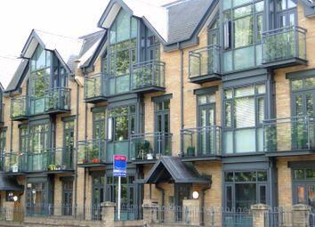 Thumbnail 2 bed flat to rent in Putney Bridge Road, London