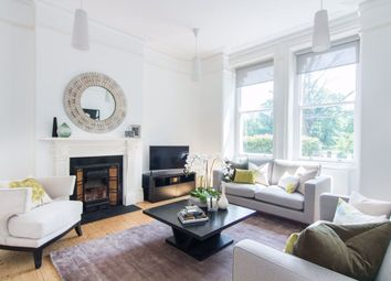 Thumbnail 3 bed flat to rent in Grove Mansions, Clapham, London