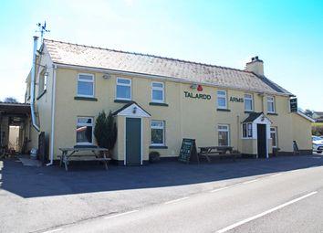 Thumbnail Pub/bar for sale in Llanllwni, Pencader