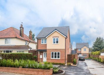 Thumbnail 3 bedroom detached house for sale in Midland Road, Hemel Hempstead