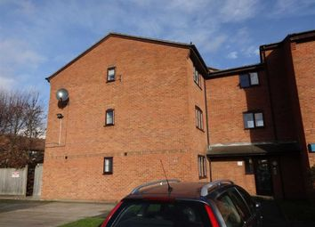 Thumbnail 1 bedroom flat for sale in Falcon Avenue, Grays