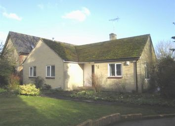 Thumbnail 2 bedroom detached bungalow to rent in Cricklade Road, Highworth, Swindon