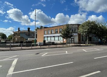 Restaurant/cafe to let in Main Road, Gidea Park RM2