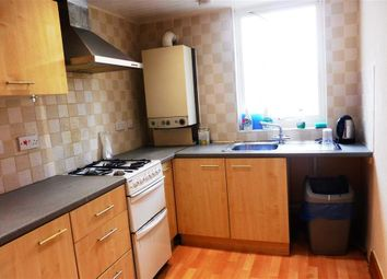 Thumbnail 2 bed flat to rent in Magdalene Road, Torquay
