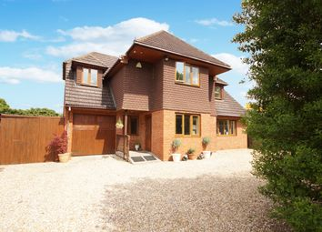 Thumbnail 4 bed detached house for sale in Reading Road, Hook