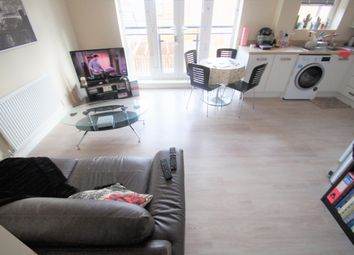 2 bed flat to rent in Anglian Way, Coventry CV3