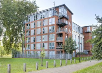 Thumbnail 1 bed flat for sale in Ellington House, 148 Southwold Road, London
