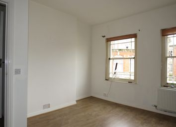 Thumbnail 1 bed flat to rent in Middle Street, Yeovil