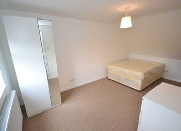 Thumbnail Room to rent in Pentland Close, Reading, Berkshire, - Room 4