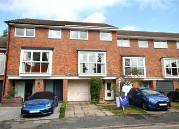 Wynton Grove, Walton-On-Thames, Surrey KT12. 4 bed detached house for sale
