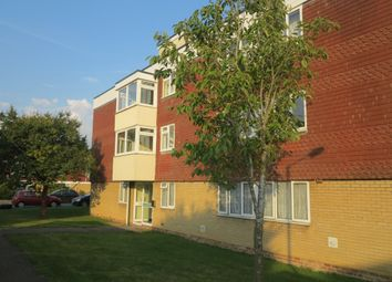 Thumbnail 2 bed flat to rent in Langdale Gardens, Earley, Reading