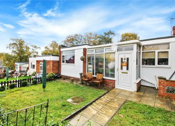 Kyetop Walk, Parkwood, Rainham, Kent ME8. 3 bed bungalow for sale