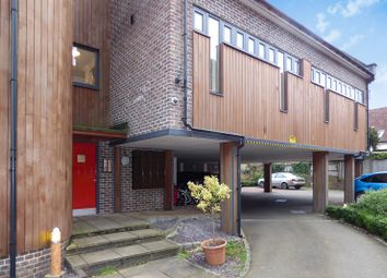 2 bed flat to rent in The Old Dairy, Bepton Road, Midhurst GU29