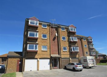 Balcombe Road, Telscombe Cliffs, Peacehaven BN10. 2 bed flat