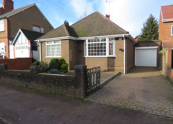 Thumbnail 2 bedroom detached bungalow for sale in Compton Avenue, Leagrave, Luton
