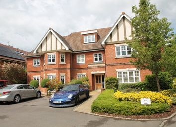 Thumbnail 2 bedroom flat to rent in Broomfield, London Road, Binfield