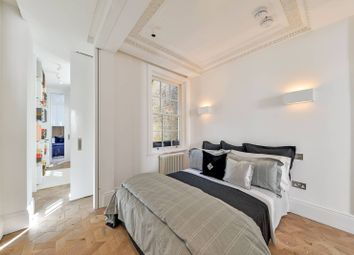 Thumbnail 2 bedroom flat for sale in Lower Belgrave Street, Belgravia