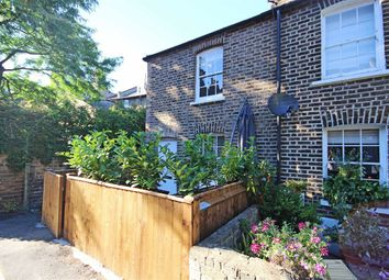 Thumbnail 2 bed property to rent in Vine Place, London