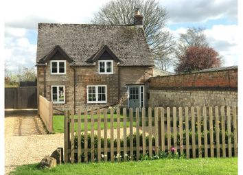 Thumbnail 2 bed cottage for sale in Little Kineton, Warwick