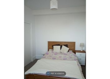 3 bed maisonette to rent in Buckingham Road, Brighton BN1