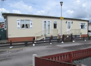 Thumbnail 2 bed mobile/park home for sale in Willow Park (Ref 5344), Mancot, Deeside, Flintshire, Wales
