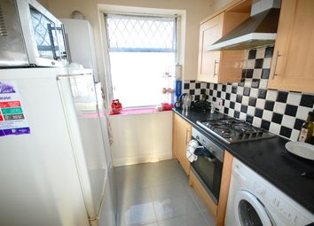 Thumbnail Room to rent in Downhills Way, Turnpike Lane