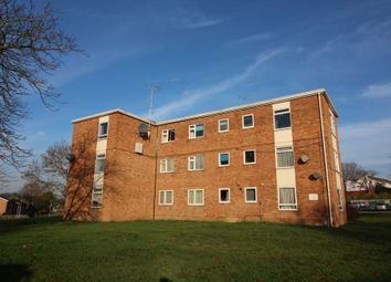 Thumbnail Flat for sale in Colliers Way, Reading