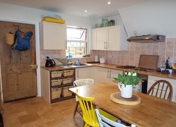 Thumbnail 2 bed property to rent in Houselands Road, The Slade, Tonbridge