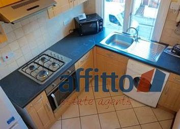 2 bed flat to rent in Stockwood Crescent, Luton LU1