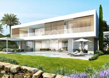 Thumbnail 5 bed villa for sale in Spain, Andalucía, Costa Del Sol, Marbella, Estepona, Mrb8622