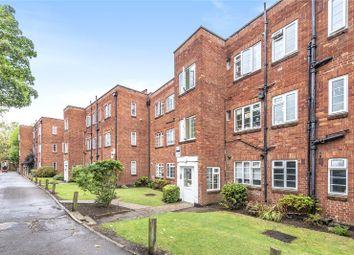 Garden Close, Ruislip, Middlesex HA4. 2 bed flat