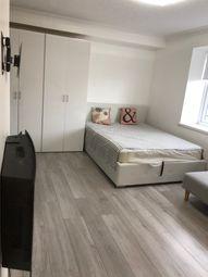 Thumbnail Studio to rent in Thackeray Lodge, Feltham