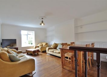 Thumbnail 2 bed flat for sale in The Woodlands, Isleworth
