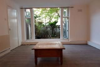 Thumbnail 2 bedroom flat to rent in Gillet Avenue, London