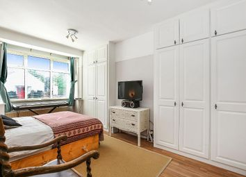 Thumbnail 2 bed maisonette for sale in Kingston Road, Raynes Park, London