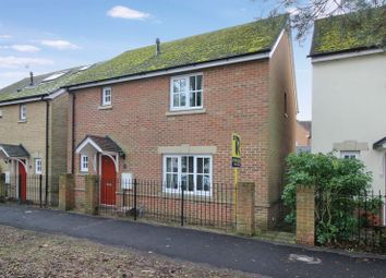 Thumbnail 3 bed detached house for sale in Ifield Green, Ifield, Crawley
