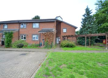 Thumbnail 1 bed maisonette to rent in Meadowbank, Alexandra Road, Kings Langley