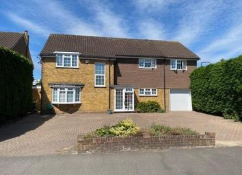 Ardleigh Green Road, Hornchurch RM11. 5 bed detached house