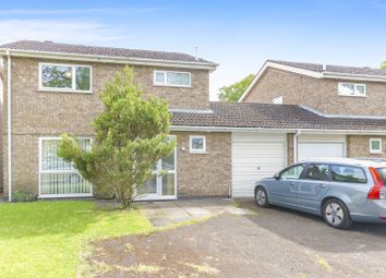 Thumbnail 4 bed detached house to rent in Sherwood Close, Stamford
