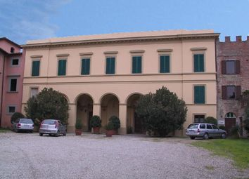 Thumbnail Villa for sale in Capannoli, Lucca, Italy